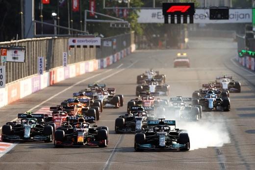 Шумахер раскритиковал Мазепина за борьбу на финише Гран-при Азербайджана Ф-1 — что будет дальше?
