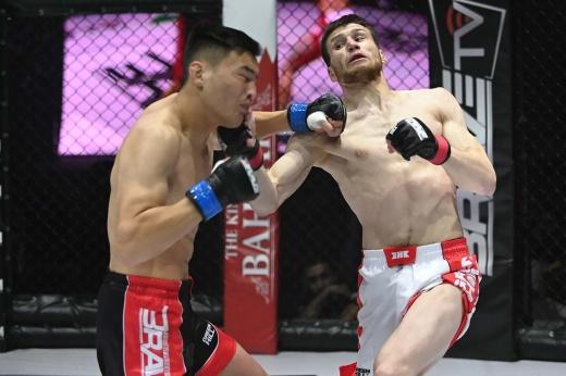 Несостоявшийся бой Мухаммада Мокаева и Ибрагима Наврузова на турнире Brave CF в Минске, видео