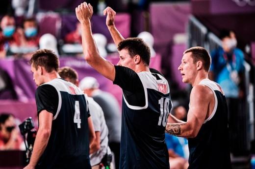 Россия красиво разобралась с топ-сборной на ОИ. А ведь наших уже успели списать со счетов!