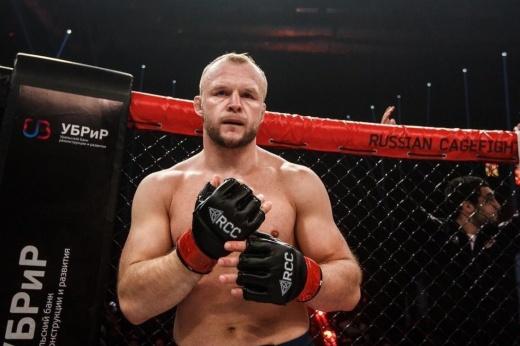 Самый тяжёлый нокаут в карьере Александра «Шторм» Шлеменко