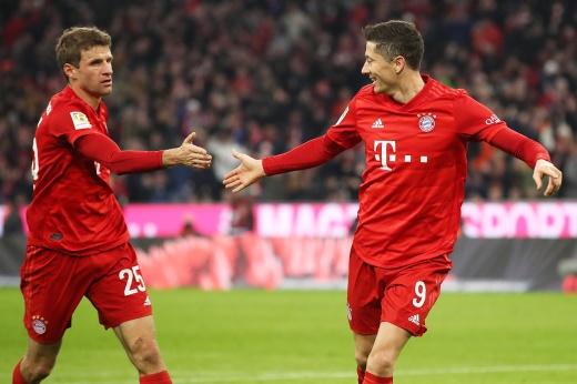 «Зальцбург» — «Бавария». Прогноз: Левандовски, Нойер и Мюллер помогут «Локомотиву»