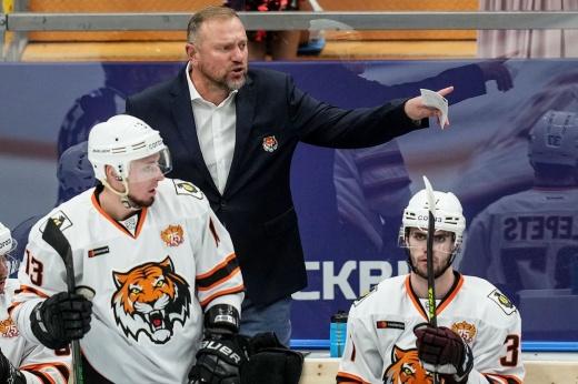 В КХЛ уволили тренера за грубое нарушение трудовых обязательств. Что натворил Воробьёв?