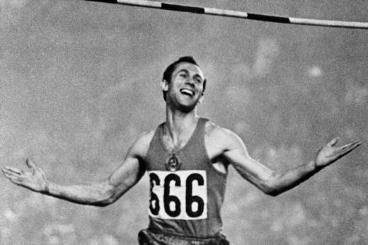 «В спортивном плане меня похоронили все». Мужской поступок советского рекордсмена Брумеля