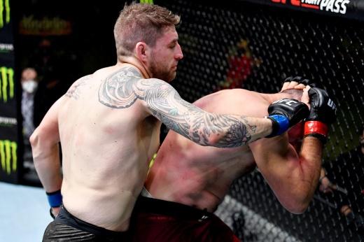 UFC 270: Алексей Олейник против Грега Харди, когда состоится бой, станет ли последним для Удава в UFC