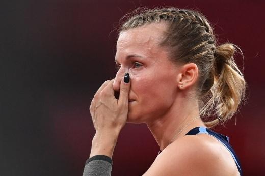 Не плачь, Анжелика! Российская прыгунья упустила золото в яркой битве с американкой