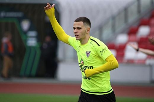 «Локомотив» оформил трансфер белорусского суперталанта. Кто такой Виталий Лисакович