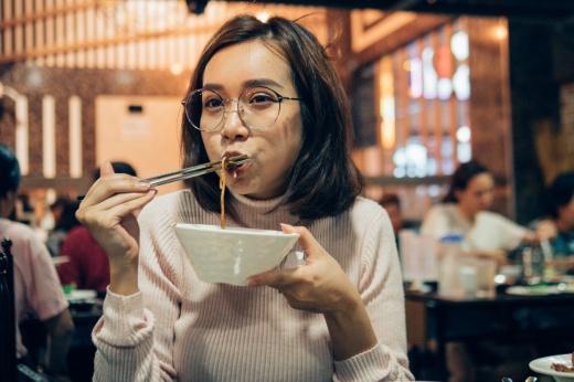 Правила и принципы K-Pop диеты. Помогает ли она похудеть?