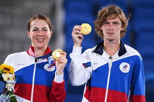 Искромётная битва российских пар в финале микста! Павлюченкова и Рублёв выиграли золото
