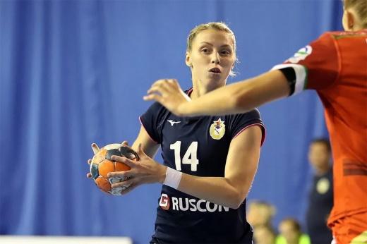«Я не бабушка, чтобы мне здоровья желать!» Россиянка Ведёхина вернулась в большой гандбол