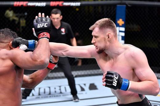 Александр Волков встретится с Сирилем Ганом на турнире UFC Вегас 30, 26.06.2021