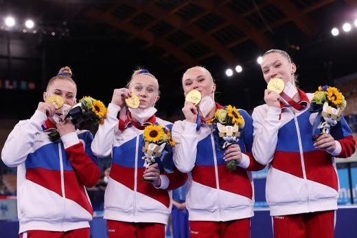 Какая драма в спортивной гимнастике! Россиянки вырвали золото Олимпиады с двумя падениями!