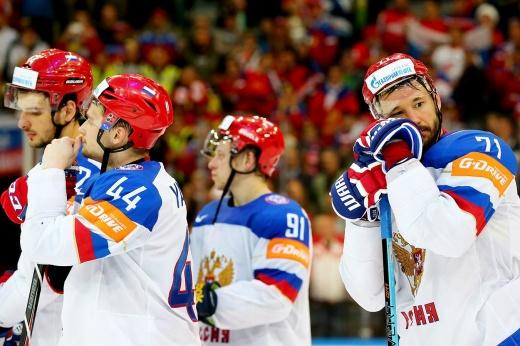 Как канадец Макс Комтуа симулировал в матче с Россией на МЧМ в столкновении с Климом Костиным