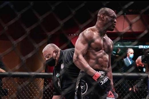 UFC 261: Камару Усман наглухо вырубил Хорхе Масвидаля. Король в здании!!!