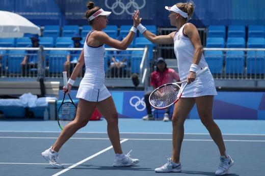 Медали в теннисе для России уже близко! Веснина и Кудерметова разгромили украинок в Токио
