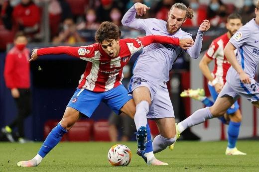 «Барселона» беспомощна. Суарес и Лемар блистали, матч был слишком простым для «Атлетико»