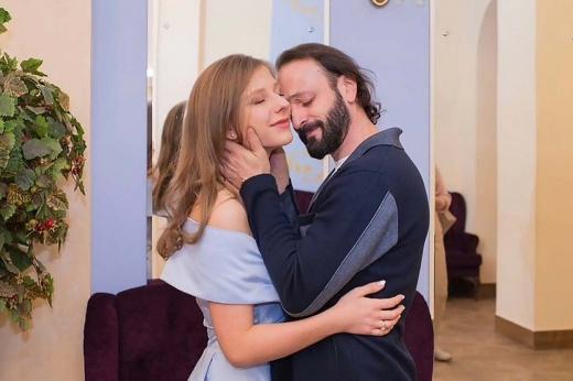 Ягудин напророчил. 47-летний Авербух и молодая актриса Арзамасова ждут ребёнка