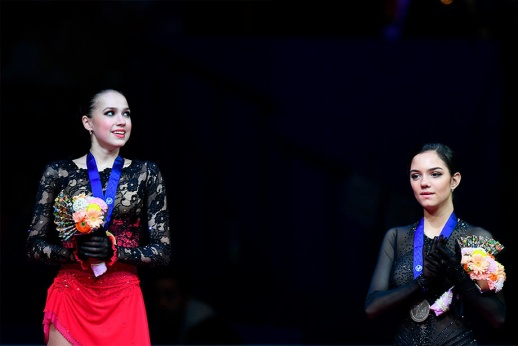 Загитова украла у Медведевой идею? Олимпийскую чемпионку обвиняют в плагиате