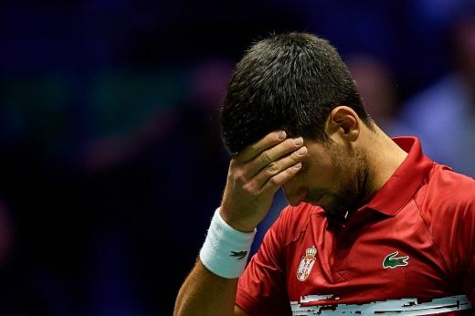 Джокович поставил всё на кон и проиграл. Теннис в Европе может снова уйти на карантин