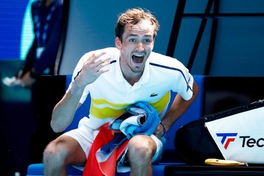 Россиянин Даниил Медведев впервые пробился на «Мастерсе» в Индиан-Уэллсе в 1/8 финала и одержал 50-ю победу в сезоне