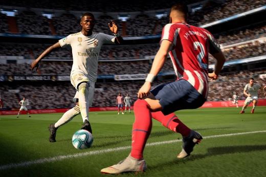 «И это решило мою судьбу?» Победителя матча по FIFA определили в «камень-ножницы-бумага»
