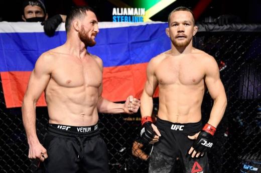 UFC 267: с кем драться Петру Яну вместо Алджэмейна Стерлинга