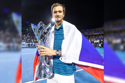 Медведев вернулся! Россиянин выиграл новый кубок в Саудовской Аравии