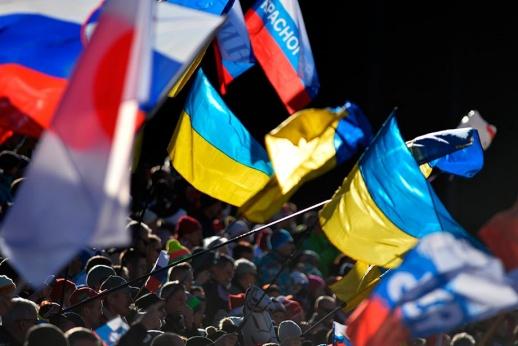 По наклонной? Зачем три юные российские биатлонистки уехали на Украину