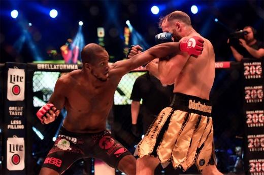 Bellator 267: Майкл Пейдж победил Дугласа Лиму раздельным решением, видео