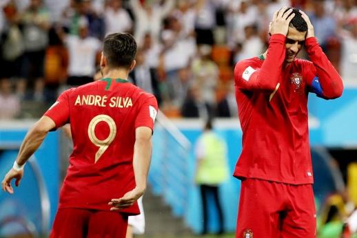 Роналду смазал пенальти и едва не был удалён. Португалия отскочила