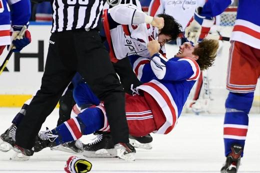 Драка в НХЛ из-за русских звёзд! Лемье хотел размазать по борту Овечкина