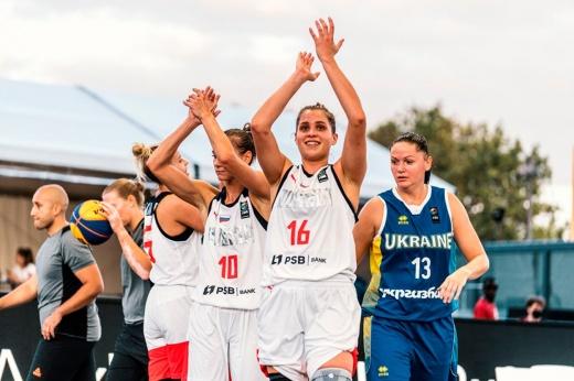 Финал Лиги наций по баскетболу 3х3 во Дворце парламента в Бухаресте — потрясающие фото