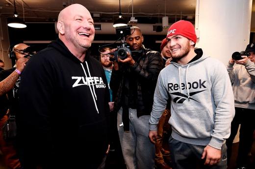 Пресс-конференция Хабиба Нурмагомедова 2 декабря 2020. Вернется ли Хабиб на 30 бой в UFC? Встреча Хабиба c Даной Уайтом