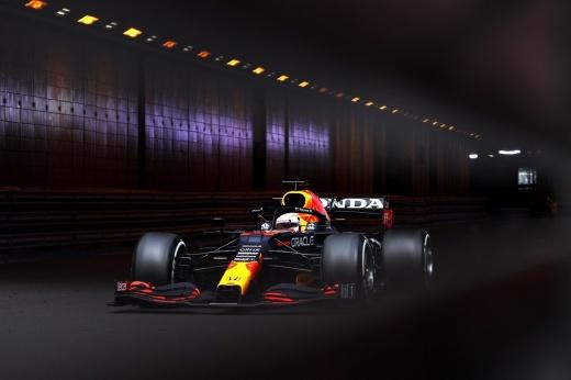 В Ф-1 новый лидер! Ферстаппен впервые выиграл в Монако после краха Леклера и Боттаса