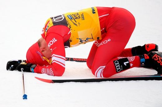 «Мы поставили его на место». Как норвежцы свалили Большунова в первом скиатлоне сезона