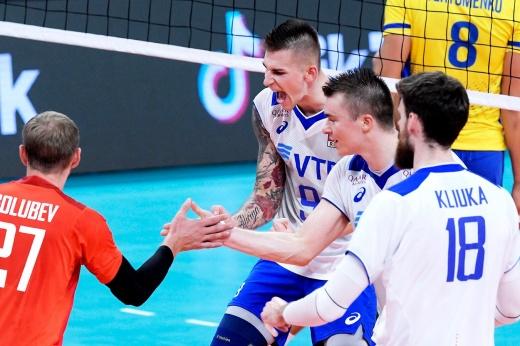 Россия выбила Украину с волейбольного Евро. Обещанные миллионы украинцам не помогли