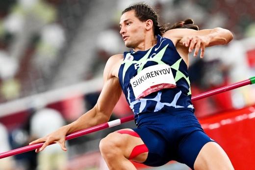 Судьи, что это было? У российского легкоатлета на Олимпиаде отобрали засчитанный прыжок