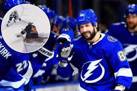 Гол Кучерова без броска стал хитом в НХЛ. У видео уже 2,3 млн просмотров