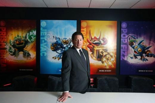 Activision Blizzard обвиняют в сексизме — в конфликт вмешался даже Бобби Котик
