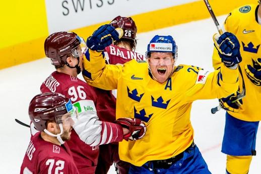 Латвия могла решить все вопросы сборной России. Но сняла вратаря при счёте 4:4