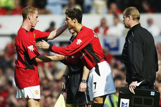 «Он просто перевернул ход игры». Как Роналду дебютировал в «Манчестер Юнайтед»