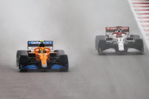 Лучшая гонка в истории Формулы-1 в Сочи: с дождём и эпичным провалом лидера!