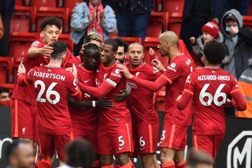 Крутая развязка сезона АПЛ! «Ливерпуль» — в Лиге чемпионов, «Челси» едва не выпал из топ-4