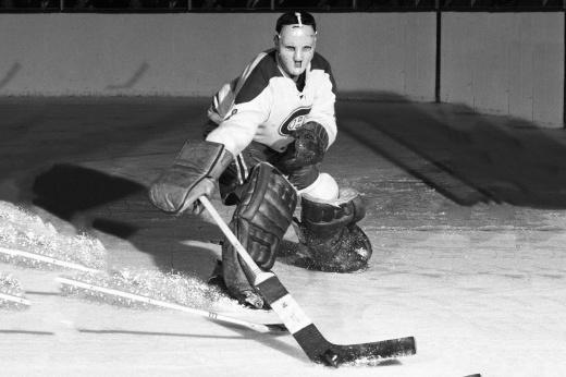 Хоуи Моренц — первая суперзвезда НХЛ, лучший хоккеист первой половины ХХ века, легенда НХЛ