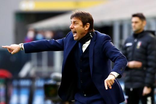 «Наполи» — «Интер». Прогноз: Конте не отдаст скудетто, но в Неаполе останется без победы