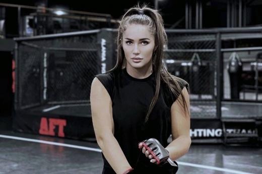 Красота дня – девушка-боец ММА Диана Авсарагова, фото, видео