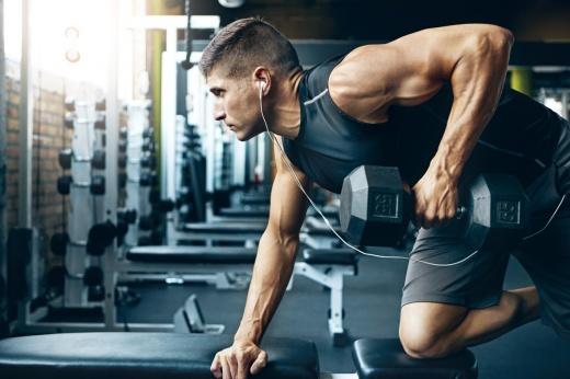 Очень мужская тренировка. Как накачать сильные и массивные руки