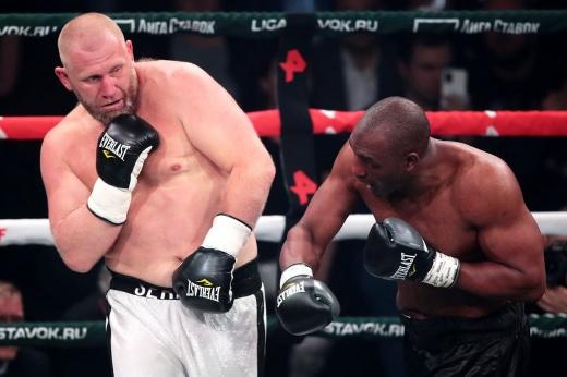 Харитонов критиковал Емельяненко за бой с Кокляевым, а сам побил беспомощного Уильямса