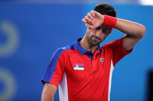 Это сенсация! Джокович проиграл в полуфинале Олимпиады и не соберёт свой «Золотой шлем»