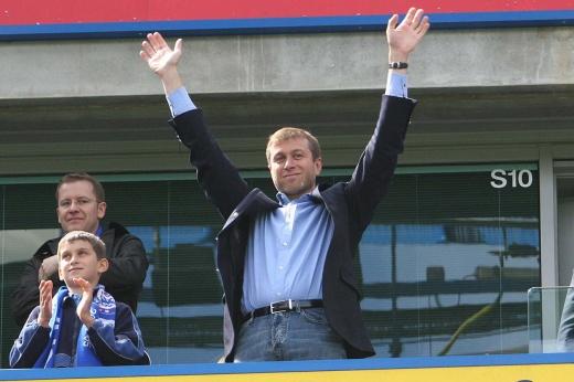 Абрамович подал иск против автора книги «Люди Путина», как Абрамович на самом деле купил «Челси»