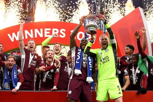 Они снова пишут историю! «Лестер» впервые выиграл Кубок Англии